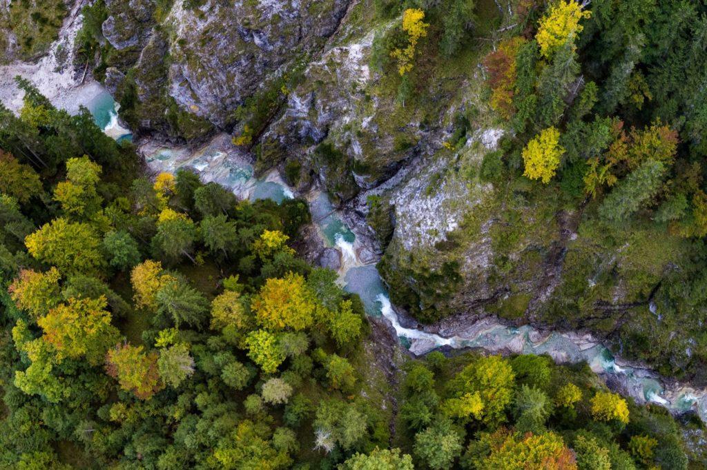 Finzklamm der ungezähmte Wasserlauf in Mitten wilder Natur der Alpenwelt Karwendel, © Alpenwelt Karwendel | Kriner & Weiermann