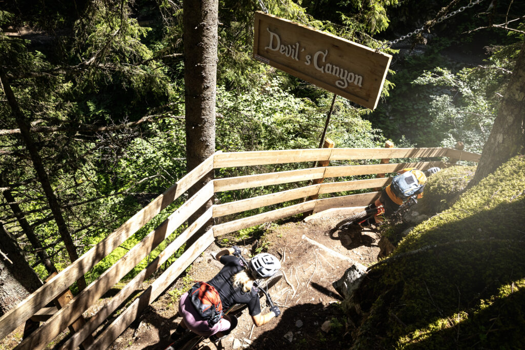 Im EPIC Bikepark Leogang warten die charakteristisch unterschiedlichsten Trails zur freien Wahl, Copyright: Klemens König